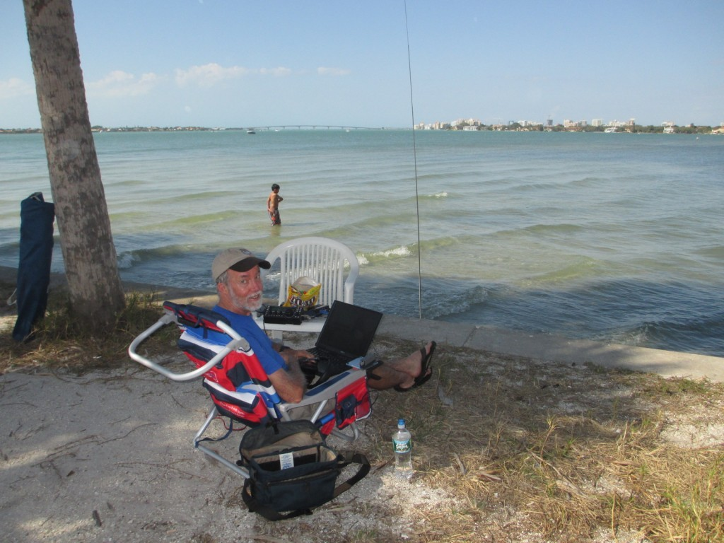 K8MR operating ARRL DX CW from Sarasota Bay